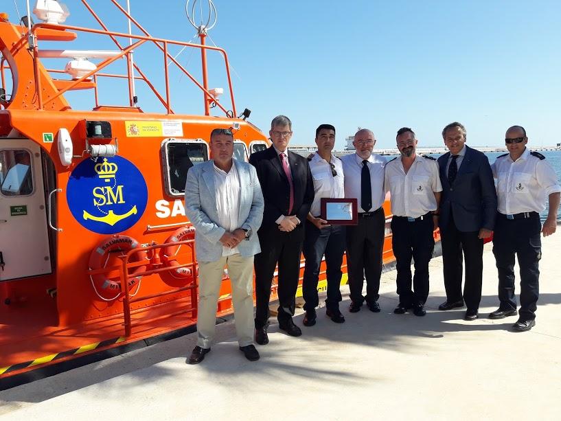Con la tripulación de la Salvamar Mirfak. Premio Salvamento Marítimo 2018