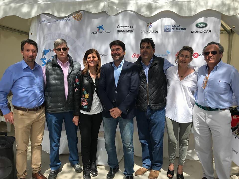El Alcalde de Alicante asiste al V Torneo Benéfico de Pádel