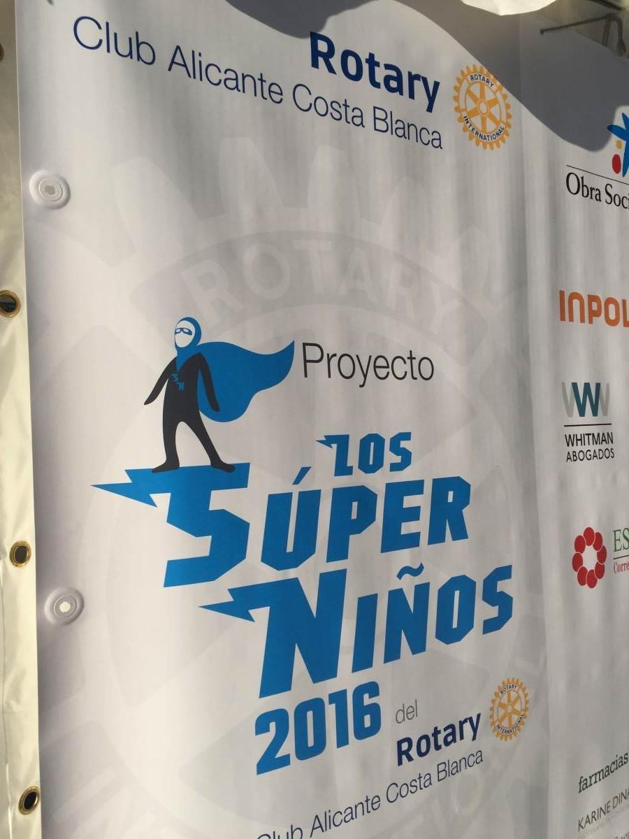 Finalistas Torneo de pádel Superniños 2016